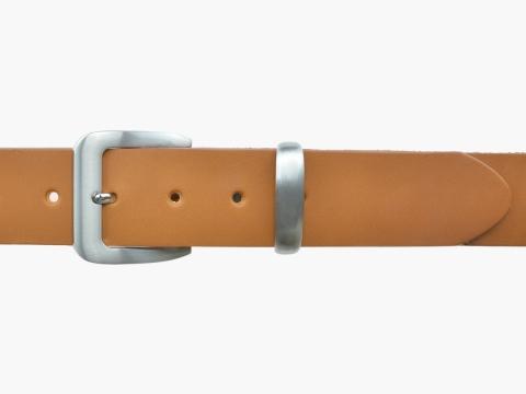 BULLJEANS N°16 | Ceinturon en cuir de couleur camel boucle sobre finition metal brossé 2