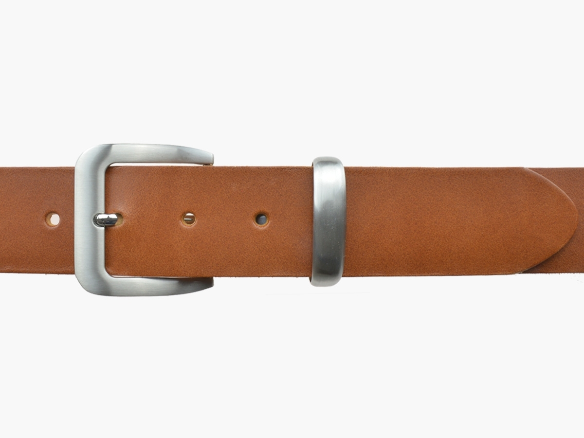 BULLJEANS N°16   Ceinturon en cuir de couleur cognac boucle sobre finition metal brossé 3