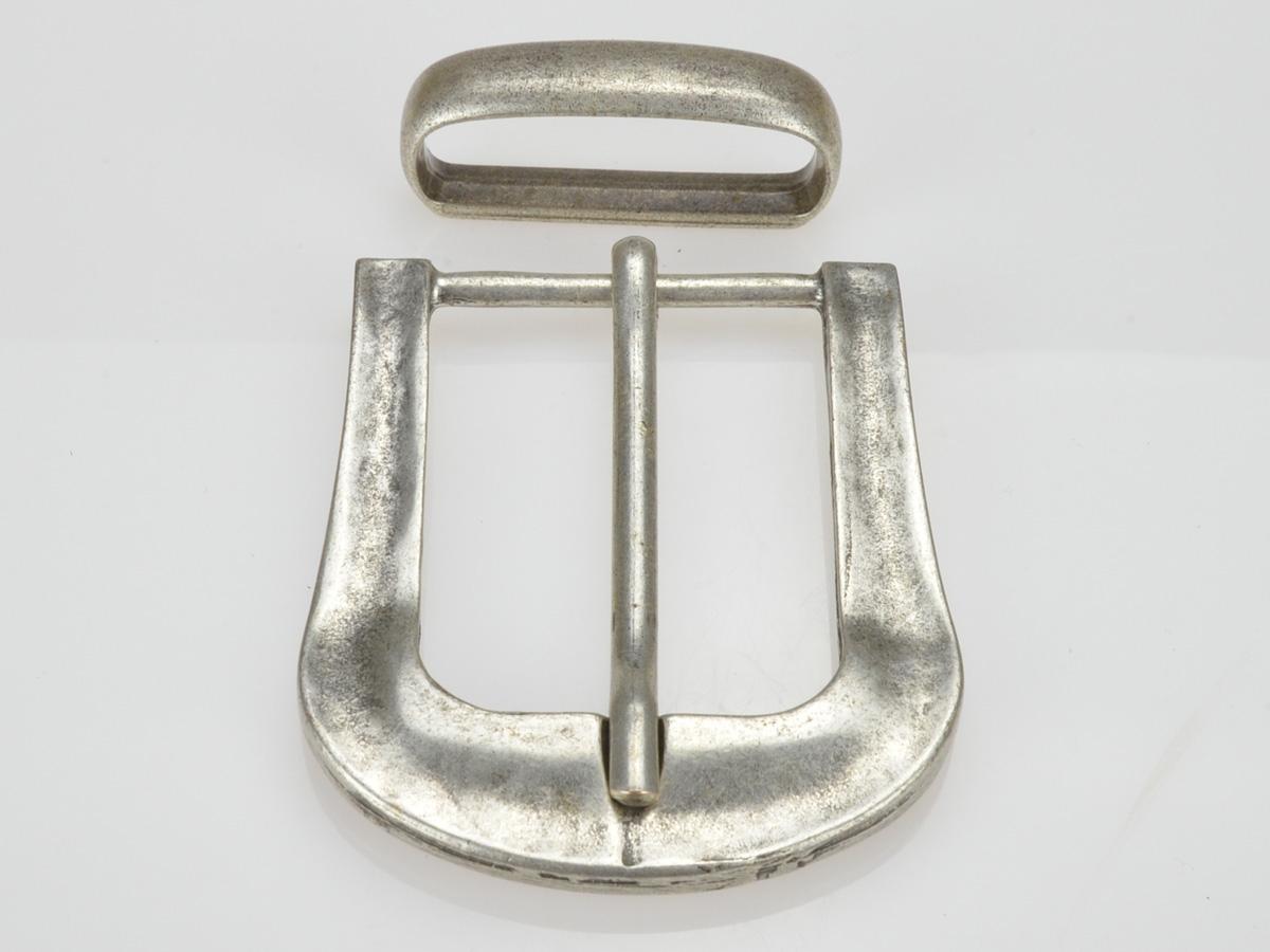 boucle ovale vieux laiton 4cm
